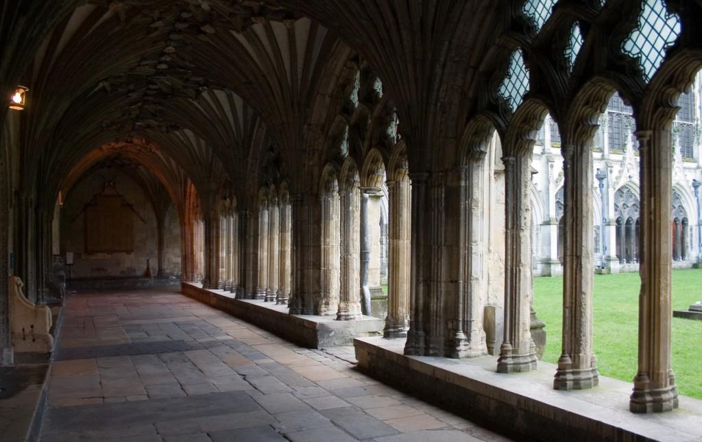 Canterbury Cathedral -©-Marek Bernat_FreeImages